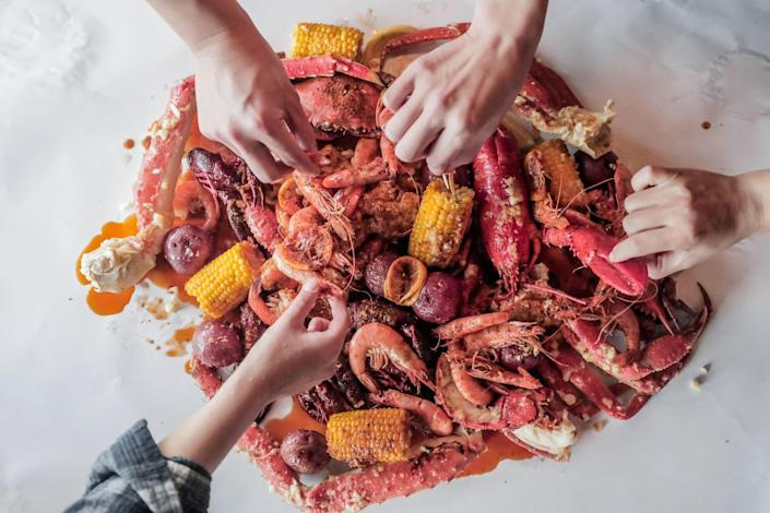 <p>This Cajun seafood restaurant chain should be top of mind for those who love bold seafood flavors. Order their famous Seafood Combo and you'll get a ½ pound of choice fresh seafood served in a bag with choice of seasoning and spice level, Hush Puppies, Steamed Oysters, Catfish Sliders, and Po Boy Sandwiches.</p>