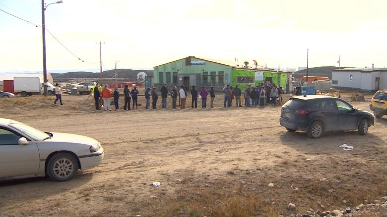 Iqaluit's beer and wine store sells 10% of its projected yearly sales in first 4 days