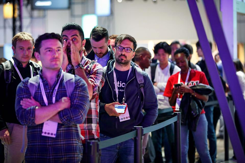 Attendees stand in line to try out the new Oculus Quest Virtual Reality (VR) gaming system at the Facebook F8 Conference at McEnery Convention Center in San Jose, California, on April 30, 2019. - Got a crush on another Facebook user? The social network will help you connect, as part of a revamp unveiled Tuesday that aims to foster real-world relationships and make the platform a more intimate place for small groups of friends. (Photo by Amy Osborne / AFP)        (Photo credit should read AMY OSBORNE/AFP via Getty Images)
