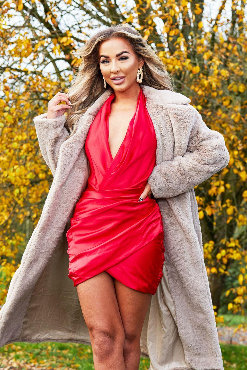 "<p>Holly is 23 years old and is from Staffordshire. She is a make-up artist, influencer and cabin crew member. (The airplane kind, not The Cabins kind!)</p><p>Holly described her love life as an 'absolute shambles' and said she doesn't have much luck in love.</p><p>Holly would like a 'romantic' date, saying: ""I like to be able to do that. But to start I want to see the fun side of them. I don't want to be sat at the dinner table quizzing each other. I can't stand the formal stuff.""<br></p>"