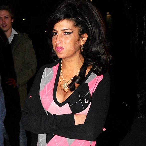 Amy Winehouse First To Be Honoured With Star On London's Walk Of Fame