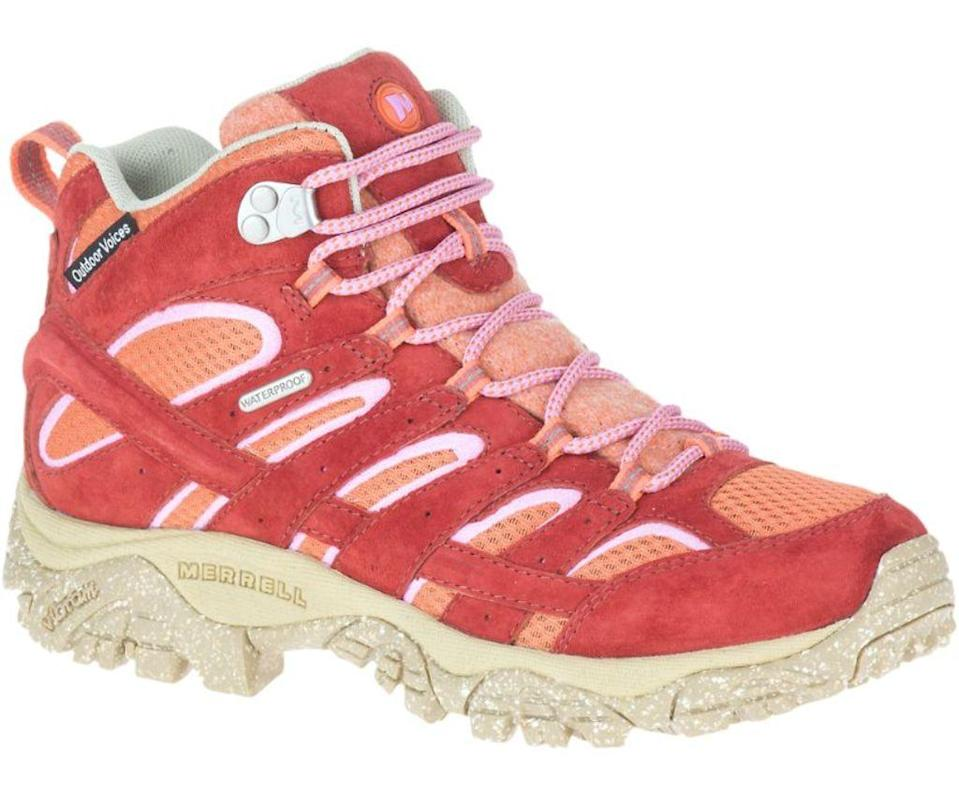 merrell moab 2, merrell, hiking boots, 2020 fashion trends