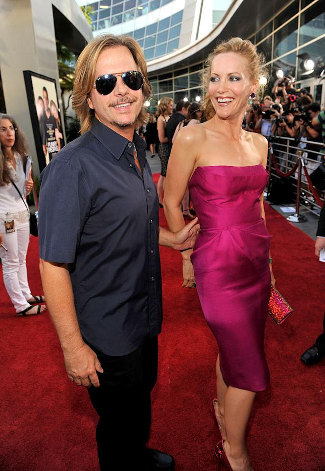 """<a href=""""http://movies.yahoo.com/movie/contributor/1800019136"""">David Spade</a> and <a href=""""http://movies.yahoo.com/movie/contributor/1800018715"""">Leslie Mann</a> at the Los Angeles premiere of <a href=""""http://movies.yahoo.com/movie/1810041785/info"""">Funny People</a> - 07/20/2009"""