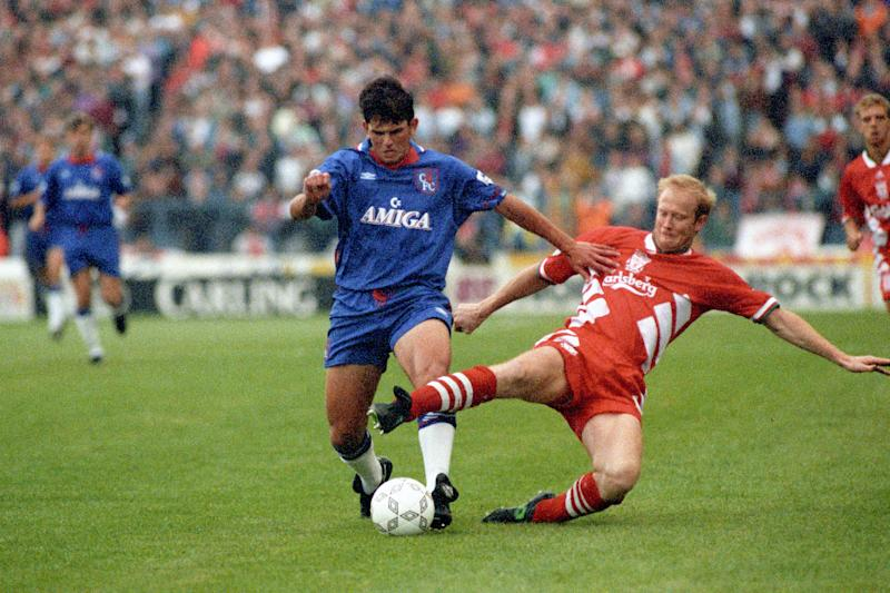 CHELSEA'S NEIL SHIPPERLEY (L) & LIVERPOOL'S MARK WRIGHT BATTLE IT OUT FOR THE BALL DURING THIS AFTERNOON'S PREMIER DIVISION MATCH AT STAMFORD BRIDGE. (Photo by Stefan Rousseau - PA Images/PA Images via Getty Images)
