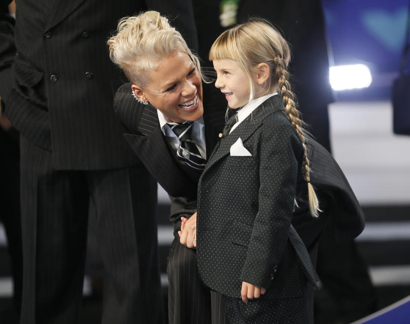 "The singer talked about her <a href=""http://www.huffingtonpost.com/entry/pink-performance-mtv-video-music-awards_us_59a35eece4b0821444c427df"">empowering VMAs speech</a> about teaching her daughter to love herself.  (Danny Moloshok / Reuters)"