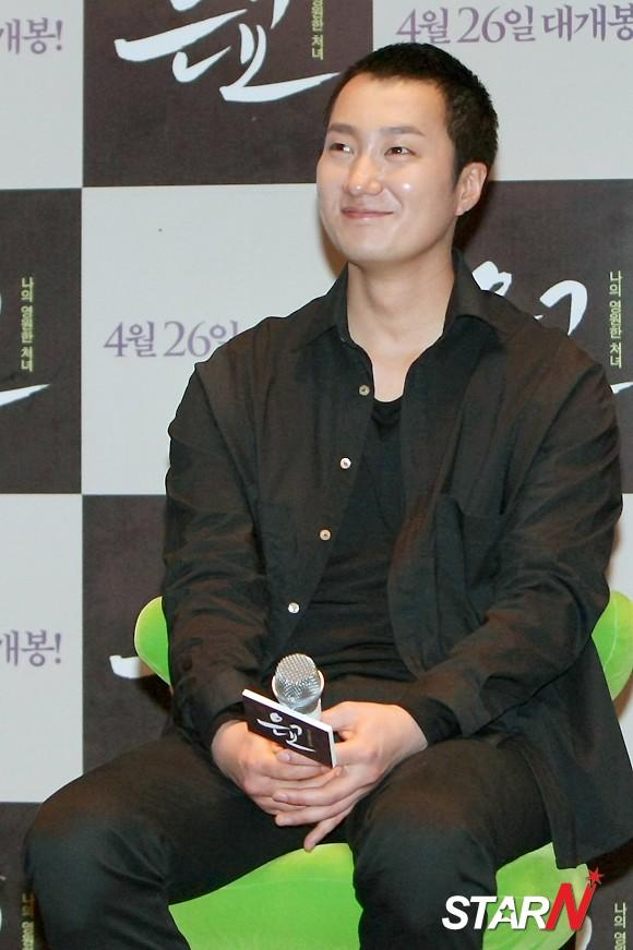 Park Hae Il Talks About His Love Story I Got A Crush On My Wife