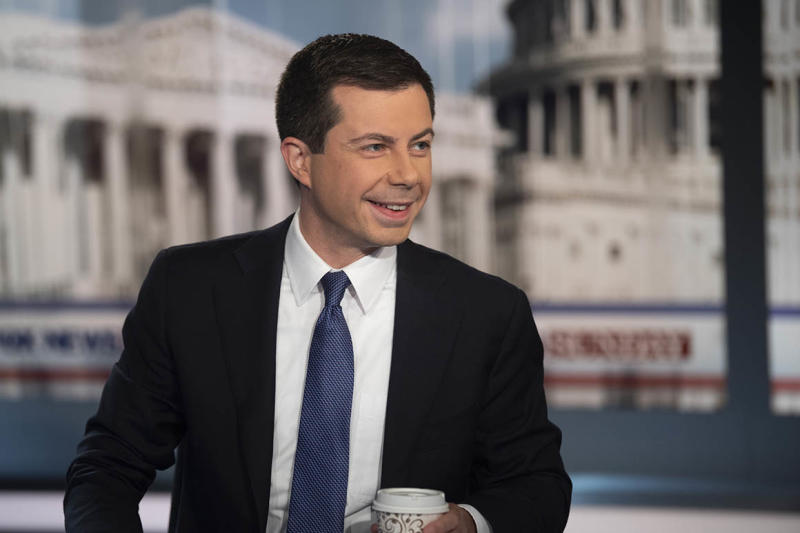 Buttigieg surges in Iowa poll