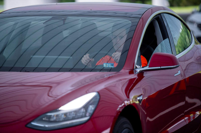 Tesla To Offer Insurance, Raising Eyebrows