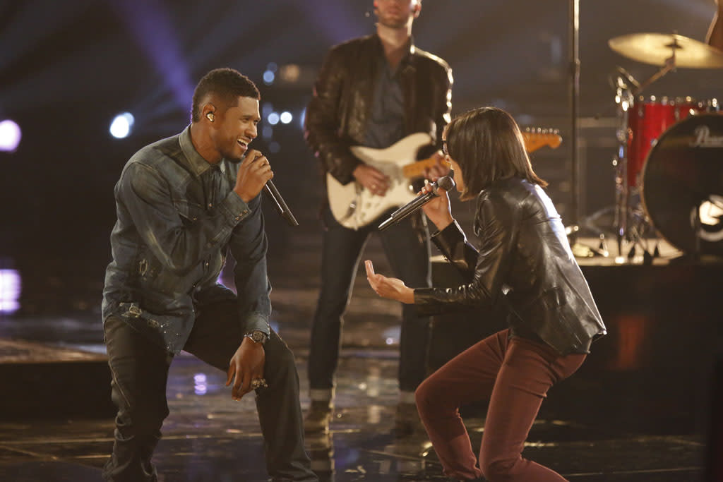 "Usher and Michelle Chamuel perform ""One"" on ""The Final Live Performances"" episode of ""The Voice"" Season 4."