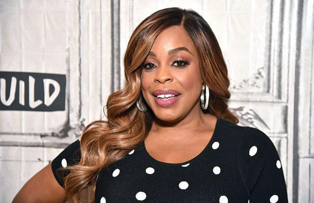 Niecy Nash Joins Cast of FX's 'Mrs America'