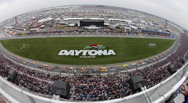 NASCAR moves to knockout qualifying format