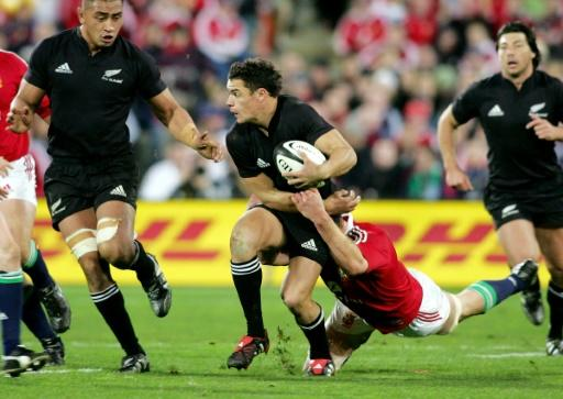 All Blacks fly-half Dan Carter (C) announced himself as a rugby superstar in the second Test against the British and Irish Lions in 2005