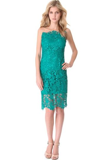 A simple Notte by Marchesa sheath gets a bold colour treatment