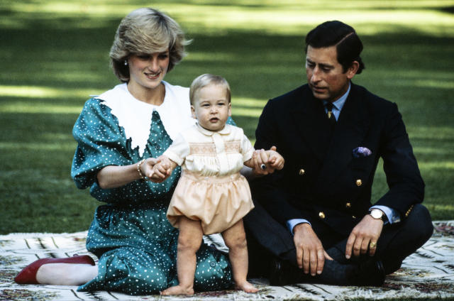 Prince William with his mother and father in Auckland, during the 1983 royal tour of New Zealand (Getty Images)