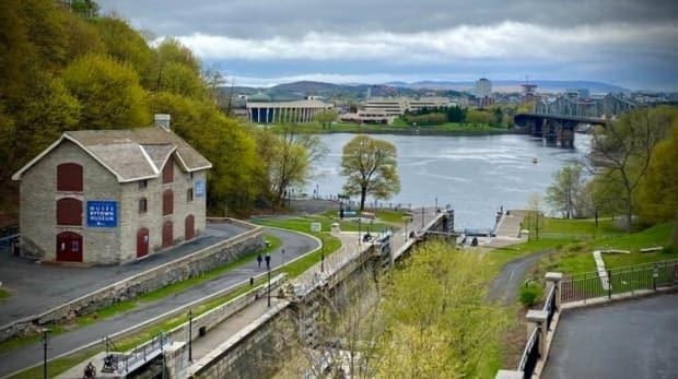 A view of the northern end of the Rideau Canal meeting the Ottawa River in May 2021. (Christian Patry/Radio-Canada - image credit)