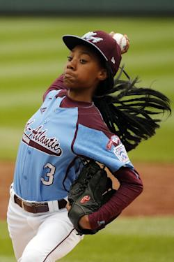 Mo'ne Davis threw a shutout in her first LLWS start. (AP)