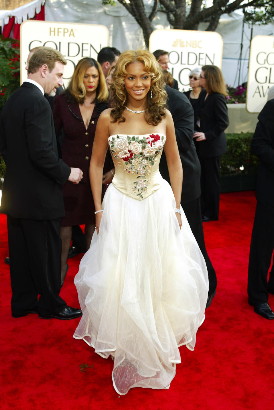 Wearing a strapless, embroidered dress. <em>[Photo: Getty]</em>