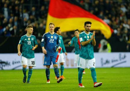 Soccer Football - International Friendly - Germany vs Spain - ESPRIT arena, Dusseldorf, Germany - March 23, 2018 Germany's Joshua Kimmich and Marc-Andre ter Stegen applaud their fans after the match REUTERS/Thilo Schmuelgen