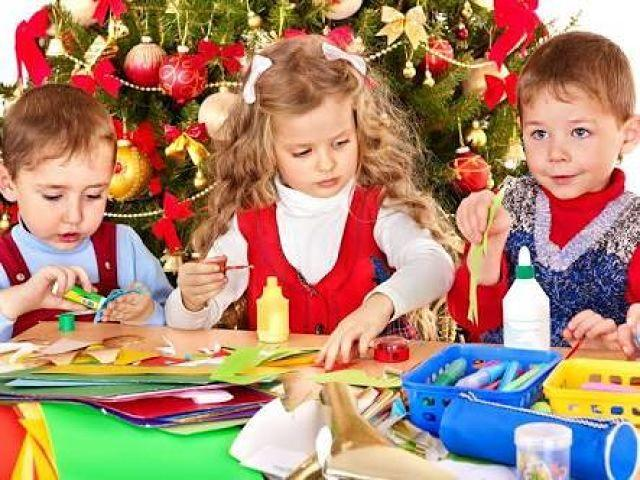 4 Fun And Easy Christmas Crafts