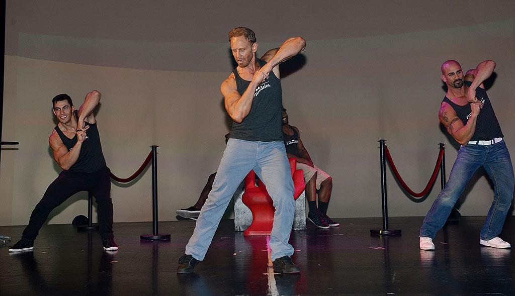 Ian Ziering (C) rehearses with the Las Vegas cast of Chippendales (L-R) Johnny Howes and John Rivera at the Rio All-Suite Hotel and Casino on June 6, 2013 in Las Vegas, Nevada.