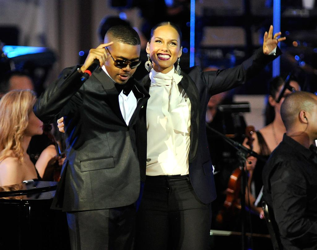 "Nas, who grew up in Brooklyn just like Jay-Z, also hit the stage in a tux to perform his own song, ""N.Y. State of Mind."" (2/6/2012)"