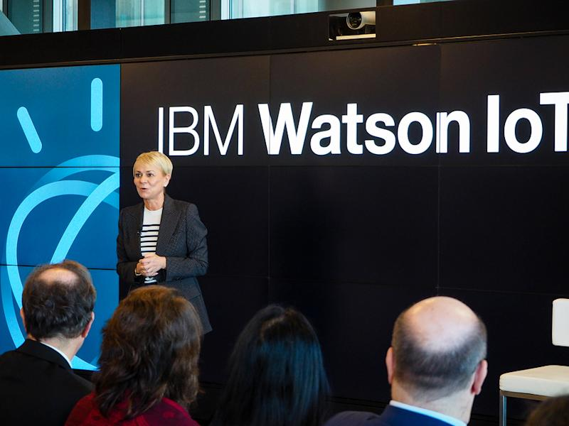Factors Expected to Influence IBM This Earnings Season