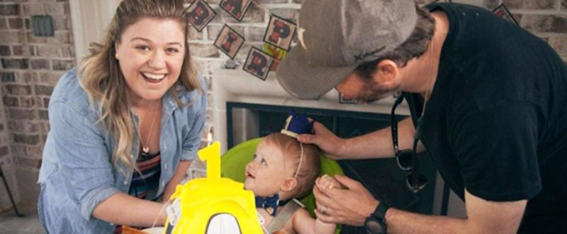 Kelly Clarkson Shares Photos From Son Remington's Camp-Themed First Birthday