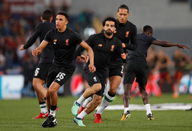 Soccer Football - Champions League Semi Final Second Leg - AS Roma v Liverpool - Stadio Olimpico, Rome, Italy - May 2, 2018 Liverpool's Mohamed Salah, Trent Alexander-Arnold and Virgil van Dijk during the warm up before the match Action Images via Reuters/John Sibley