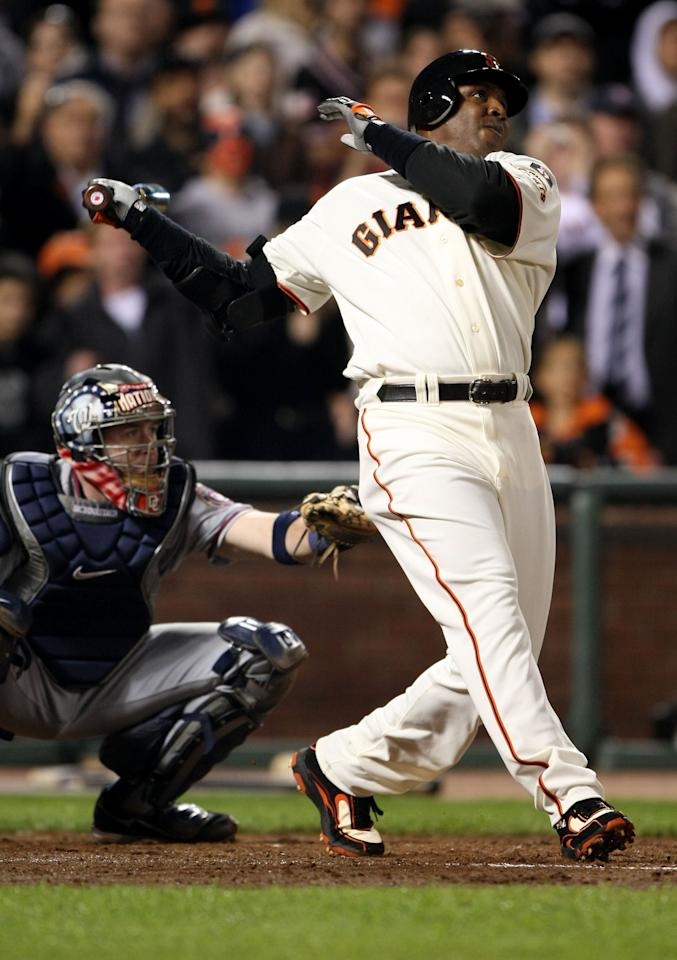 SAN FRANCISCO - AUGUST 07: Barry Bonds #25 of the San Francisco Giants hits career home run #756 against Mike Bacsik of the Washington Nationals on August 7, 2007 at AT&T Park in San Francisco, California. With his 756th career home run, Barry Bonds surpasses Hank Aaron to become Major League Baseball's all-time home run leader. (Photo by Jed Jacobsohn/Getty Images)