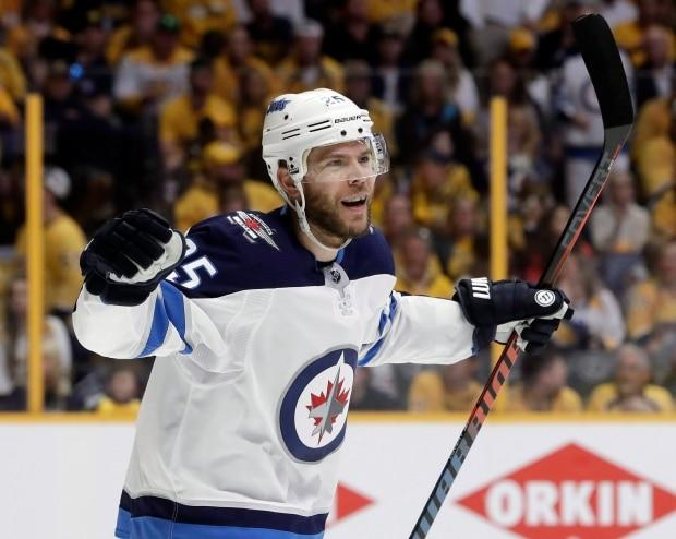 Jets reacquire Paul Stastny in deal with Golden Knights