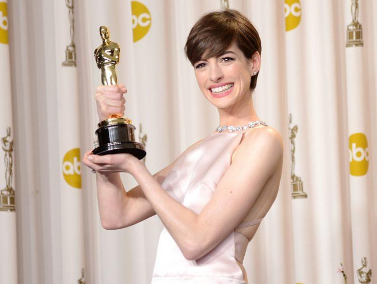 Anne Hathaway, winner of the Best Supporting Actress award for