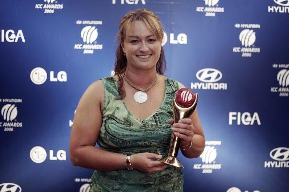 MUMBAI, INDIA - NOVEMBER 3: Karen Rolton with her trophy for Women's Player Of The Year that was awarded at The ICC Awards on November 3, 2006, in Mumbai, India. (Photo by Julian Herbert/Getty Images)