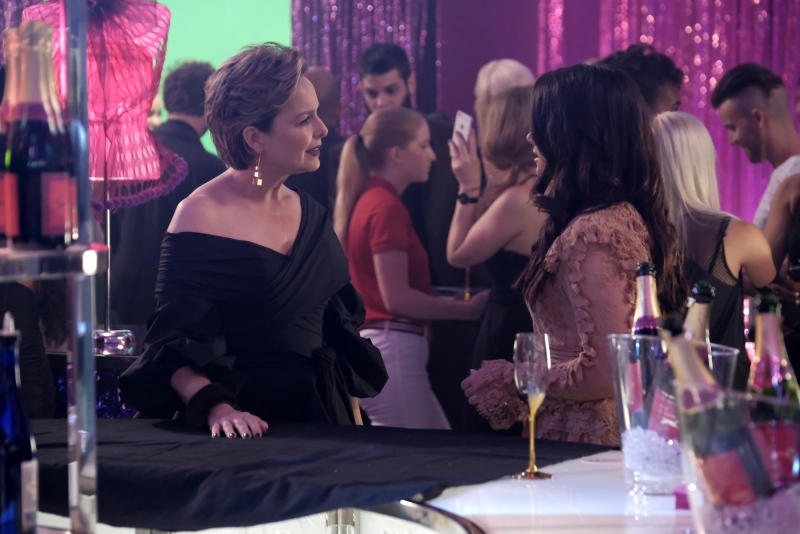 """Jacqueline and Jane chat at a Scarlet party during the finale episode of """"The Bold Type."""" (Freeform)"""