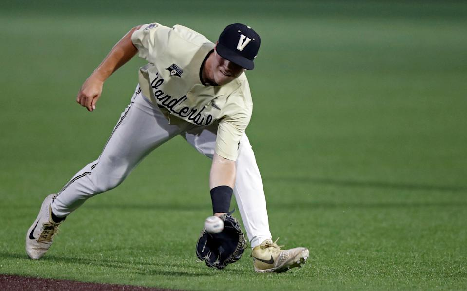 Vanderbilt's Ethan Paul makes a catch of a line drive during the first inning of the team's NCAA college baseball tournament super regional game against Duke on Saturday, June 8, 2019, in Nashville, Tenn. (AP Photo/Wade Payne)