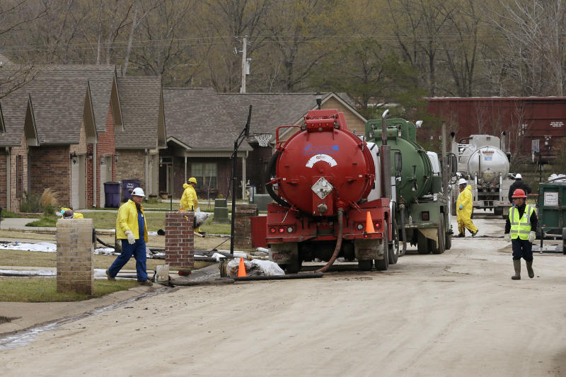 Arkansas AG: Oil spill shows need for inspections
