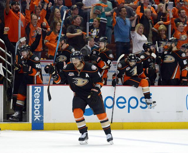 Teemu Selanne could make $5 million just to play home games