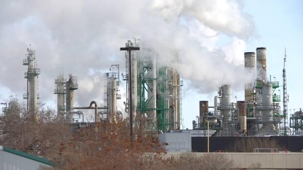 Regina's Co-op Refinery intends to make layoffs within the coming months.