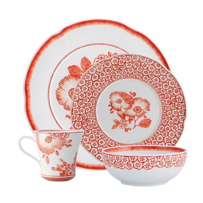 "<p><strong>Oscar De La Renta</strong></p><p>williams-sonoma.com</p><p><strong>$169.00</strong></p><p><a href=""https://go.redirectingat.com?id=74968X1596630&url=https%3A%2F%2Fwww.williams-sonoma.com%2Fproducts%2Foscar-de-la-renta-coralina-4-piece-dinnerware-place-setting&sref=https%3A%2F%2Fwww.housebeautiful.com%2Fentertaining%2Fholidays-celebrations%2Fg22778748%2Fthanksgiving-dinnerware%2F"" rel=""nofollow noopener"" target=""_blank"" data-ylk=""slk:BUY NOW"" class=""link rapid-noclick-resp"">BUY NOW</a></p><p>Love a bright tablescape? These orange and white Oscar De La Renta dishes will perk up your Thanksgiving table for sure, while still feeling theme-appropriate. </p>"