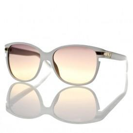 Top 9 at 9: The Best Wayfarers For Every Season