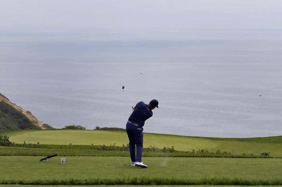 Richard Bland, of England, plays his shot from the third tee during the third round of the U.S. Open Golf Championship, Saturday, June 19, 2021, at Torrey Pines Golf Course in San Diego. (AP Photo/Marcio Jose Sanchez)