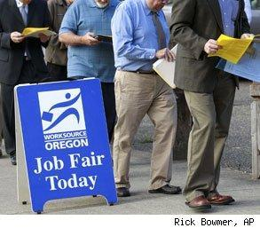fewer people applied for unemployment benefits last week