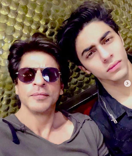 <p>Like father, like son. Isn't Aryan SRK's doppalganger? We wish to see them on-screen together! Let's hope Karan Johar can make this happen! </p>