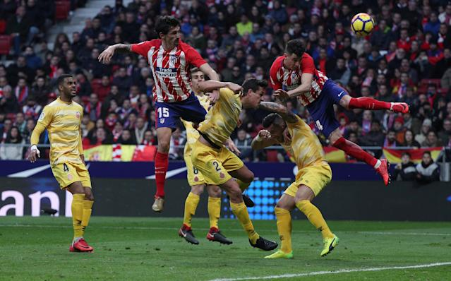 Soccer Football - La Liga Santander - Atletico Madrid vs Girona - Wanda Metropolitano, Madrid, Spain - January 20, 2018 Atletico Madrid's Jose Gimenez shoots at goal REUTERS/Sergio Perez