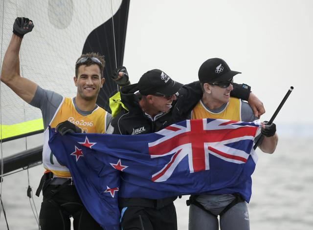 2016 Rio Olympics - Sailing - Preliminary - Men's Skiff - 49er - Race 10/11/12 - Marina de Gloria - Rio de Janeiro, Brazil - 16/08/2016. Peter Burling (NZL) of New Zealand and Blair Tuke (NZL) of New Zealand celebrate. REUTERS/Benoit Tessier FOR EDITORIAL USE ONLY. NOT FOR SALE FOR MARKETING OR ADVERTISING CAMPAIGNS.