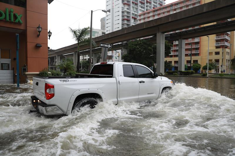 Flooding in the Brickell neighborhood as Hurricane Irma passes Miami, Florida, U.S. September 10, 2017. REUTERS/Stephen Yang