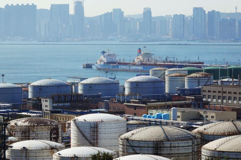 China drives global oil demand recovery out of coronavirus collapse