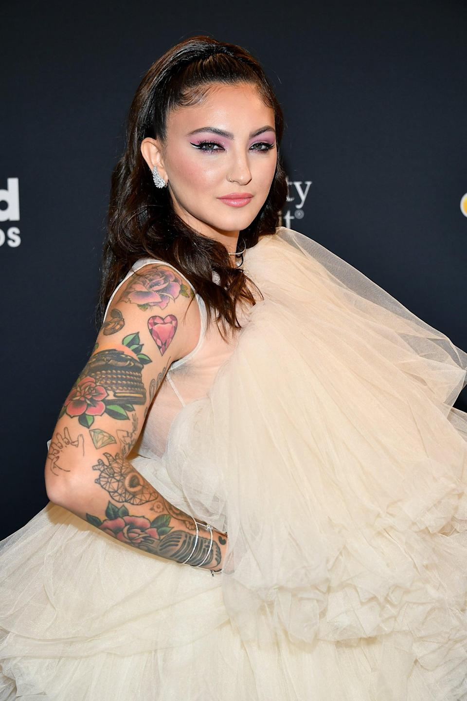 <p>In 2014, Michaels got a vintage typewriter tattooed on her upper right arm. </p>