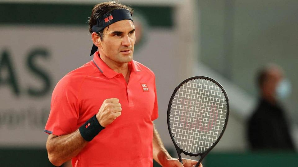 French Open: Federer wins late-night thriller, advances to last 16