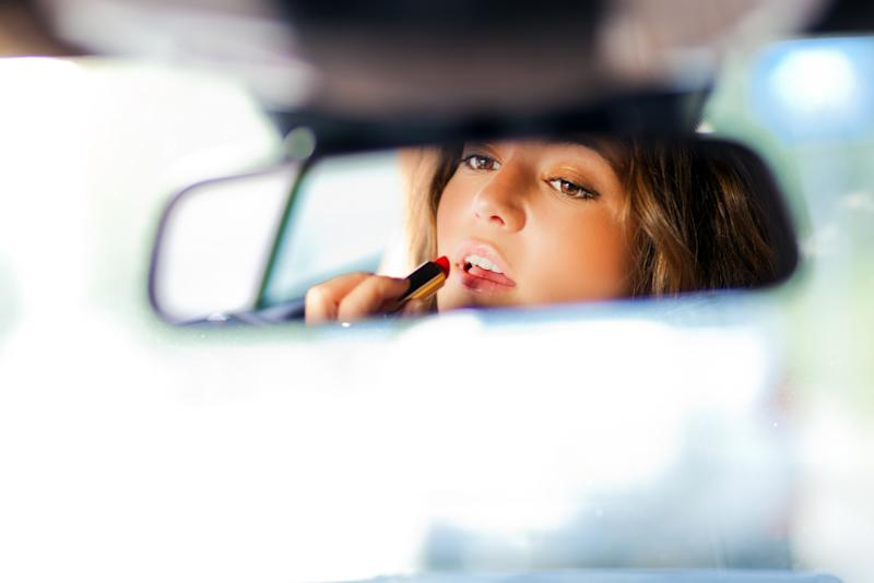 5b7d06647e3 6 Beauty Hacks to Try During Your Next Uber Ride