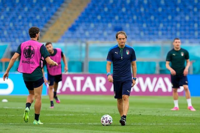 Roberto Mancini takes training ahead of Italy's match with Turkey